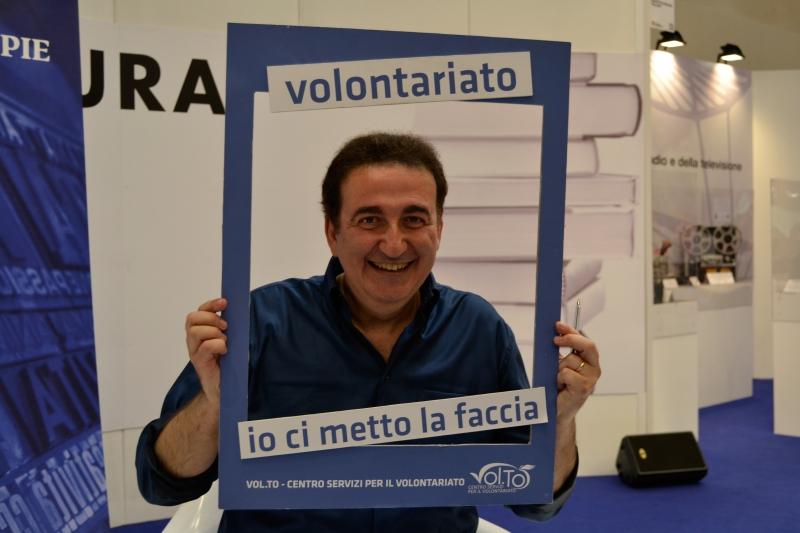 Roberto Giacobbo, Giornalista conduttore di Voyager